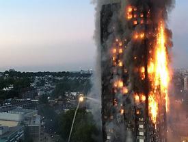 Vụ cháy London: Thoát chết thần kỳ nhờ xả nước ngập nhà