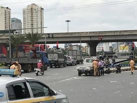 Hà Nội: Cô gái 23 tuổi đi xe đạp điện bị xe bồn cán tử vong trên Đại lộ Thăng Long