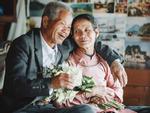 Hai câu chuyện tình yêu trên xe khách và cách hành xử đáng suy ngẫm