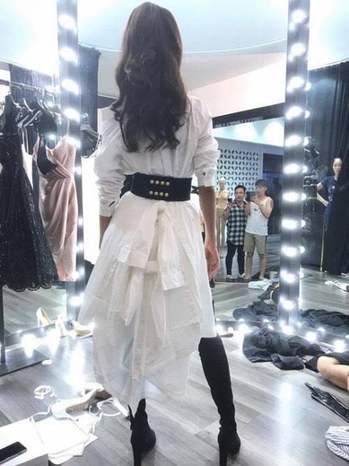 Thật vi diệu, outfit cá tính của Minh Tú tại tập 2 The Face chỉ có giá 150 ngàn đồng! - ảnh 7