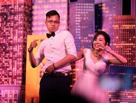 Đám cưới dễ thương nhất ngày: Cô dâu, chú rể hóa thân thành những vũ công, 'quẩy' nhiệt tình ngay trên lễ đường
