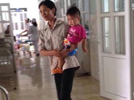Vụ tai nạn cả nhà thương vong: 'Nếu hôm đó, tôi không cho các con đi thăm bố…'