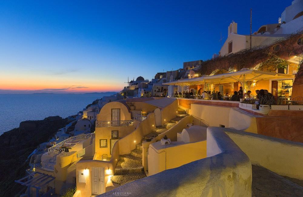 Du lịch: Ngắm hoàng hôn ở đảo thiên thần Santorini