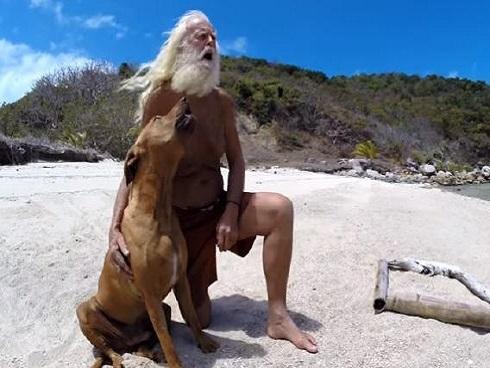 Khám phá cuộc sống 20 năm đảo hoang của 'Robinson Crusoe' thời hiện đại