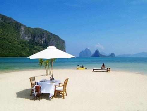Đã mắt ngắm 10 bãi biển sát vách núi đẹp nhất thế giới