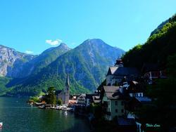 Hallstatt - thị trấn cổ kính và yên bình nhất châu Âu