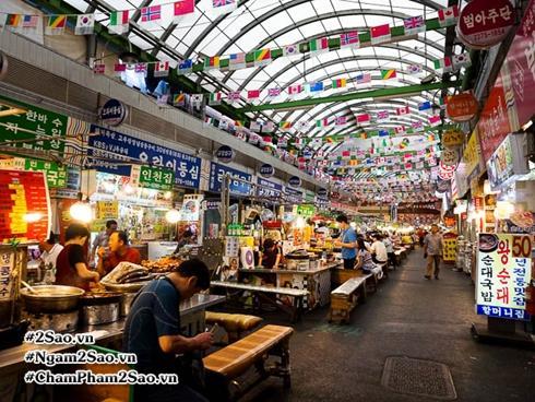 Khám phá thiên đường ẩm thực đường phố nhộn nhịp nhất Seoul - Chợ Gwangjang