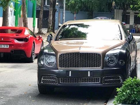 Nghi vấn Bentley Mulsanne EWB 2017 đầu tiên cập bến Việt Nam 'chung nhà' Ferrari 488 Spider