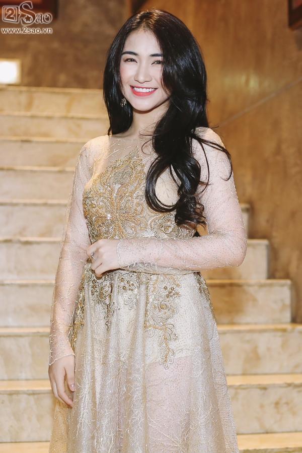 Hòa Minzy tuyên bố là người song tính sau khi bỏ Công Phượng