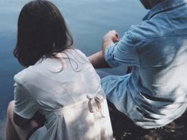 Đừng bao giờ hỏi anh: 'Nếu mẹ anh và em cùng rơi xuống sông, anh sẽ cứu ai?'