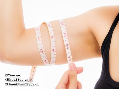 Những 'siêu mẹo' giảm mỡ vùng bắp tay cho bạn tha hồ diện áo hai dây