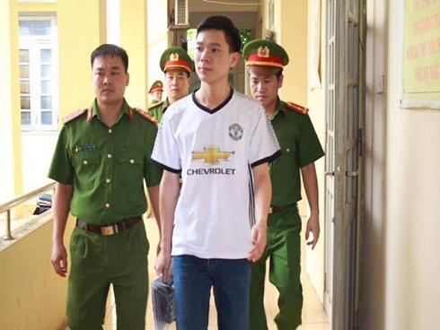 Bệnh nhân may mắn sống sót sau vụ chạy thận ở Hòa Bình xin giảm tội cho bác sĩ Lương