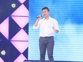 'Sởn gai ốc' với giọng ca của chàng phóng viên trẻ, thi hát để giúp bé trai bị ung thư ruột