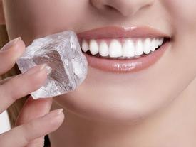 Chỉ cần ăn đá lạnh một lần mỗi ngày bạn có thể giảm 0,5 kg trong vòng 1 tháng