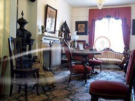 Bủn rủn chân tay đi trong 'ngôi nhà có nhiều ma ám nhất' nước Mỹ