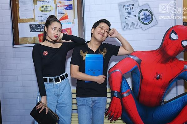 Trường Giang - Nhã Phương nhắng nhít đi gặp Người nhện -3