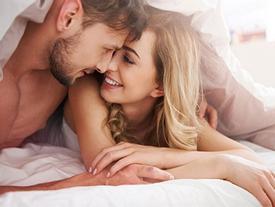 Đời sống tình dục của bạn đang 'xuống dốc', hãy làm ngay 5 việc này