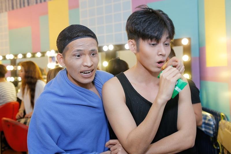 Chứng kiến antifan mắng mỏ con trai, bố Jun Phạm không khỏi chạnh lòng -10