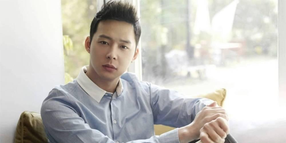 Tin sao Hàn hot 10/7: JYJ Park Yoochun dời ngày cưới, EXO xác nhận trở lại Kpop-1