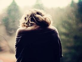 Chấp nhận đi, thời gian càng lâu, tình người sẽ chỉ càng nhạt