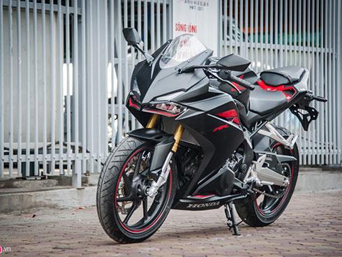Honda CBR250RR 2017 giá hơn 200 triệu đầu tiên tại Hà Nội