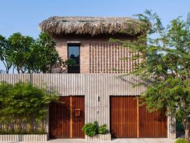 Xuýt xoa với nhà mái lá tường gạch mộc đẹp lạ giữa Sài Gòn
