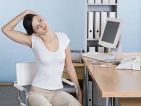 Ngồi văn phòng cả ngày sẽ vô cùng có hại và đây 5 hành động đơn giản để tự cứu mình