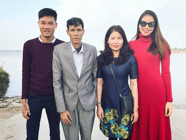 Nghệ sĩ Việt động viên Phạm Hương vượt qua nỗi đau mất bố-6