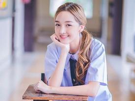 Hot girl Thái Lan khiến cư dân mạng tan chảy vì nụ cười ngọt lịm như đường