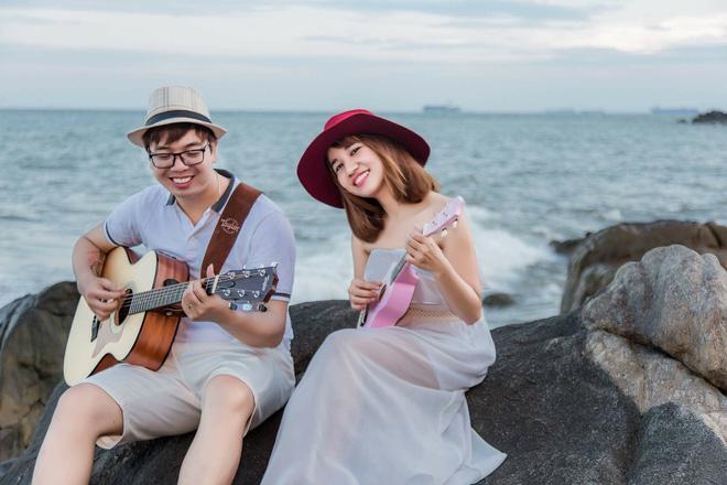 Cô dâu khoe giọng hát cực ngọt trong đám cưới thu hút chú ý