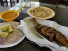 Nhà hàng cá chẳng cầu kỳ vẫn thu hút khách xa xỉ Dubai