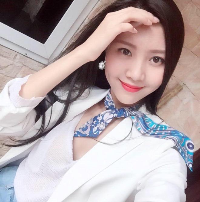 Sau nụ hôn gầm bàn, Vũ Ngọc Châm bất ngờ đăng ký thi The Look 2017-4