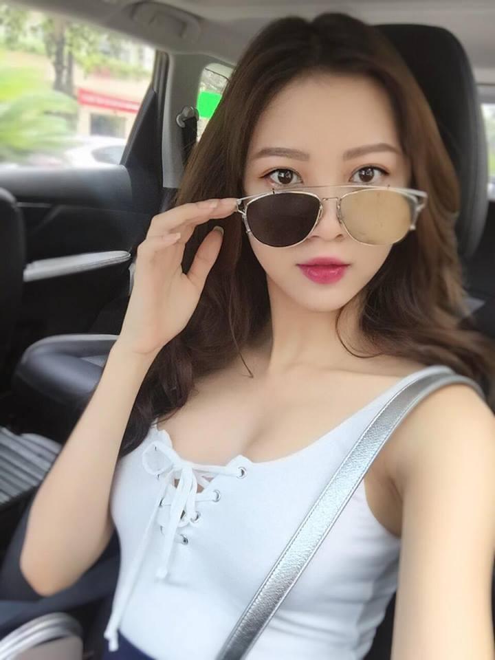 Sau nụ hôn gầm bàn, Vũ Ngọc Châm bất ngờ đăng ký thi The Look 2017-8