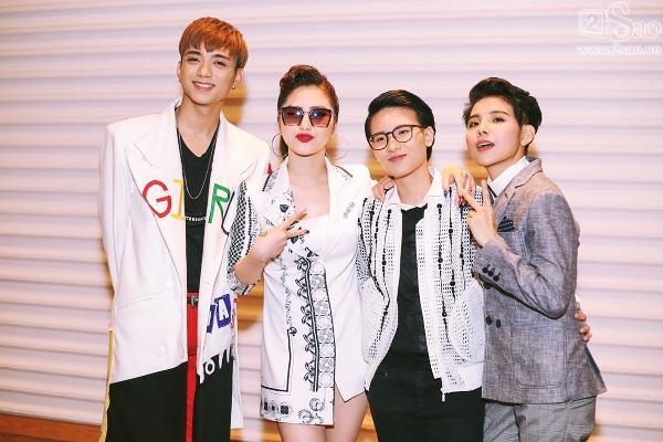 The Voice Kids: Hương Tràm, Soobin khoe tài hát dân ca -9