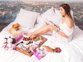 Blogger xinh đẹp bị vạch mặt 'sống ảo' ở điểm đến nổi tiếng