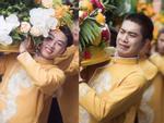 Bức ảnh 'một công việc hai số phận' đang hot: Cùng bê tráp đám cưới mà kẻ mếu máo, người lại cười tươi