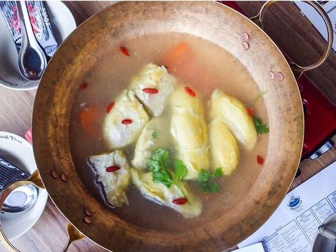 Ăn lẩu sầu riêng như người Thái, đã ai thử bao giờ chưa?