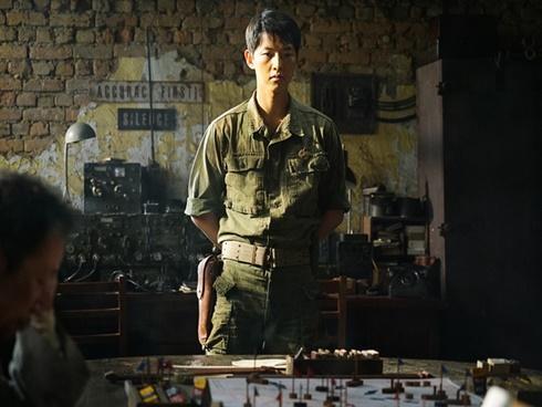 Phim bom tấn của Song Joong Ki bị chê vì gây khó chịu cho người xem tại Hàn