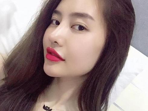 Linh Chi dằn mặt anti-fan: 'Các cưng cứ cào bàn phím, còn nhiệm vụ của chị là đẹp'