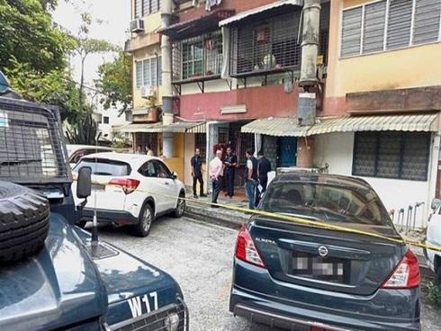 Một phụ nữ Việt Nam chết tại Malaysia với súng trong tay