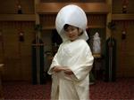 Cô dâu Việt kể chuyện mặc áo nặng như chăn bông, mẹ chồng nước mắt như mưa trong đám cưới