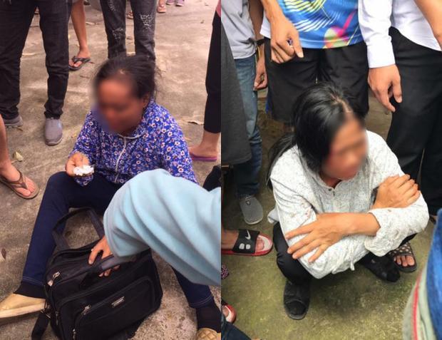 Hai người phụ nữ bị người dân tập trung vây bắt. Ảnh: Facebook