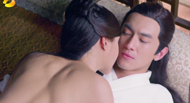 Nhat Duoc Ca Ro San Ngo Ngan Trong Nhung Canh Phim Nguoi Lon Hinh Anh 3