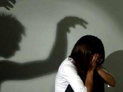 Nữ sinh 14 tuổi kể lại nỗi kinh hoàng bị cưỡng bức hàng ngày trong vòng 6 tháng
