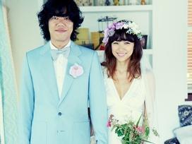 Sao Hàn 25/7: Lee Hyori tiết lộ về nụ hôn đầu tiên cùng người chồng xấu xí
