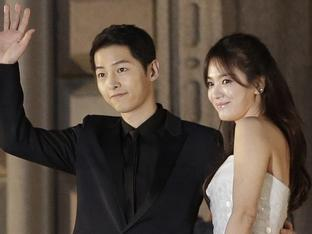 Song Joong Ki nịnh Song Hye Kyo: 'Lời vợ nói luôn đúng'