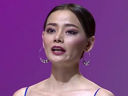 Vietnam's Next Top Model 2017 lại có 'biến' khi Hoàng Oanh tuyên bố là 'chị Đại nhà chung'