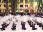 Màn flashmob 'chất như nước cất' của học sinh trường Phan Đình Phùng