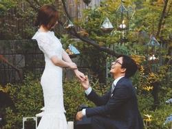 Bà xã Bae Yong Joon khoe cuộc sống giản dị trong biệt thự 200 tỷ nhân kỷ niệm ngày cưới