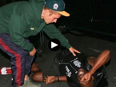 Video: Hành xử bất ngờ của Justin Bieber sau khi tông phải paparazzi